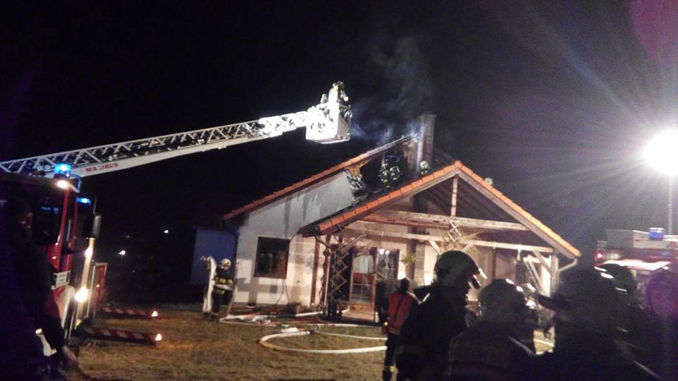 31. 12. 2016 Požár rodinného domu – Kleneč