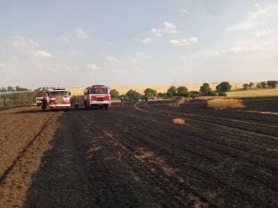 20.7.2019 Požár zemědělského stroje  a pole Evaň
