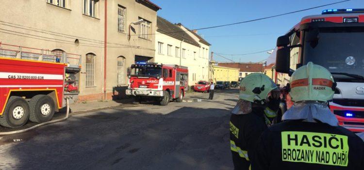 13.07.2020 Požár nízké budovy Roudnice nad Labem